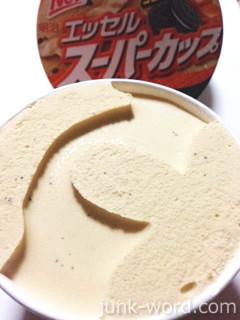 明治エッセルスーパーカップ キャラメルクッキー ラクトアイス カロリー