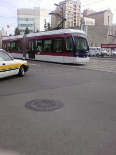 熊本市交通局 最新型低床連結車両