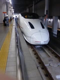 新幹線 つばめ800系